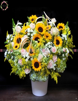 Vase Birthday Flower - D180177 - xinhtuoi.online