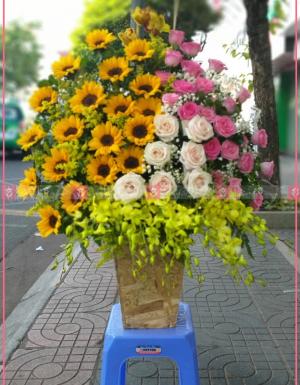 Lẵng Hoa Quà Tặng - D112178 - xinhtuoi.online