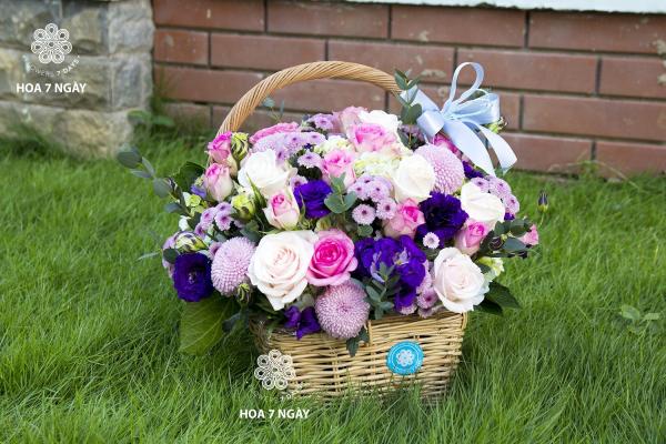 [8/3]Có bạn nữ nào có ý định 8/3 tới tặng hoa cho nhỏ bạn thân mình chưa? - xinhtuoi.online