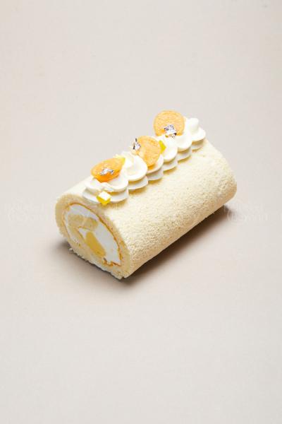 Cuộn Kem Xoài Dừa   Mango Coconut Roll Cake - xinhtuoi.online